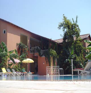 Fiesta Club Hotel Photo